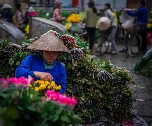 VietnamFlowerMarketfromWeb